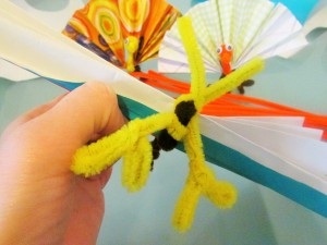 Craft Ideas for Kids - Retro Pipe Cleaner Thanksgiving Turkey